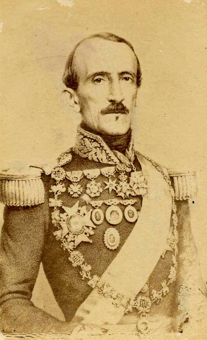 Le premier président de la république équatorienne, Juan José Florez, orthographié également Florès.