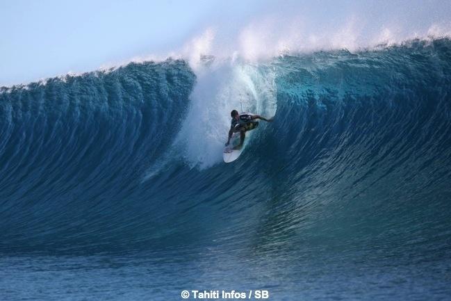 Billabong Pro Tahiti: deux jours d'émotion en diaporama