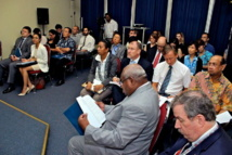 Médias, ONG et membres du corps diplomatiques dans l'assistance (Source photos : ministère fidjien de l'information)