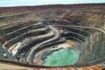Le Canadien Barrick cède trois mines d'or australiennes pour 300 millions de USD