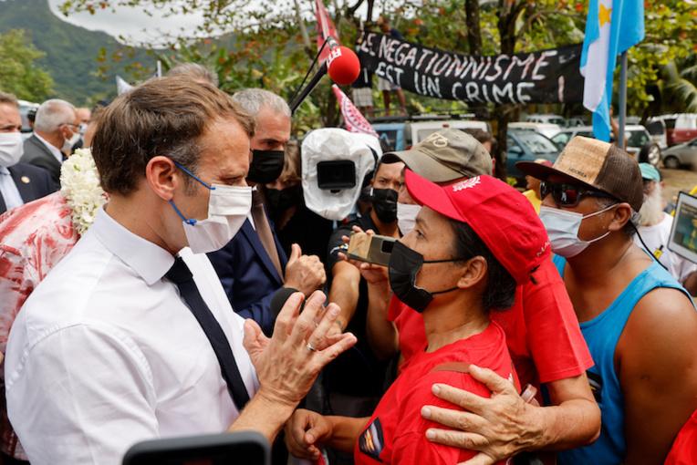 Macron et 193, le dialogue inattendu
