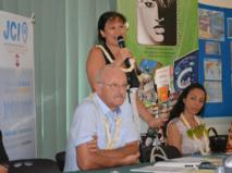 Michel Lextreyt, Maryel Taeaetua-Pérez et une conseillère du ministre de l'éducation.