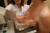 """Cancer: un projet pour rendre les mammographies """"plus supportables"""""""
