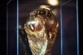 Le trophée en or de la Coupe du Monde de foot bientôt à Tahiti