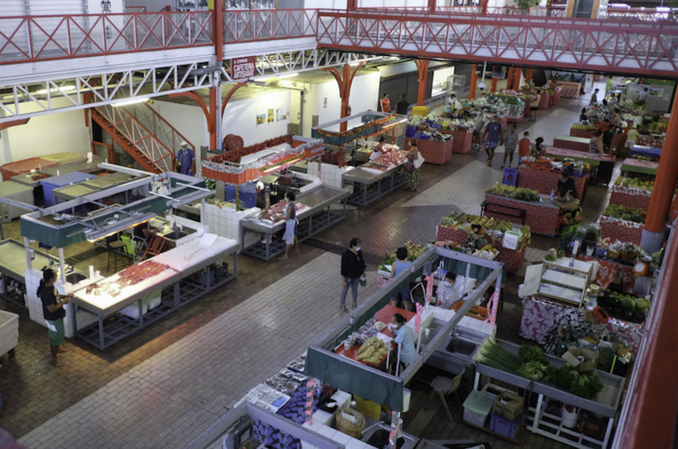 Le marché de Papeete ouvert tous les jours sauf le samedi