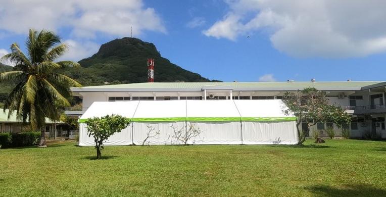 Le poste médical avancé a été installé pour soulager l'hôpital de Uturoa, saturé.