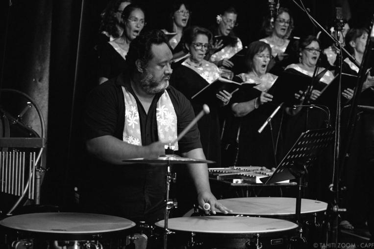 Hans Faatauira en mai 2018, lors d'un concert doné au grand théâtre de la Maison de la culture (Photo CAPF - crédit Tahiti Zoom).