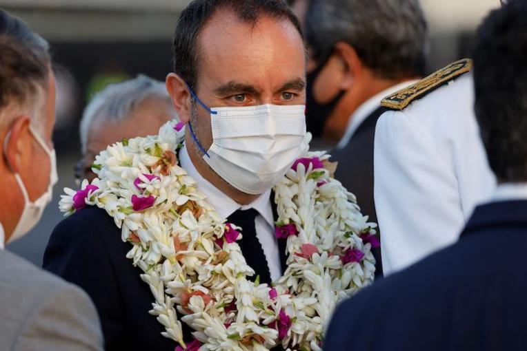 Le ministre des Outre-mer tacle la vaccination tardive au fenua