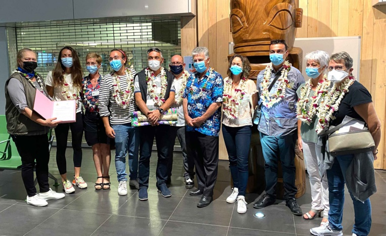"""Les soignants calédoniens témoignent de """"l'ampleur de la catastrophe"""" en Polynésie"""