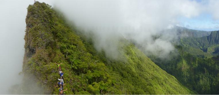 Les futurs guides de randonnée, comme sur un nuage