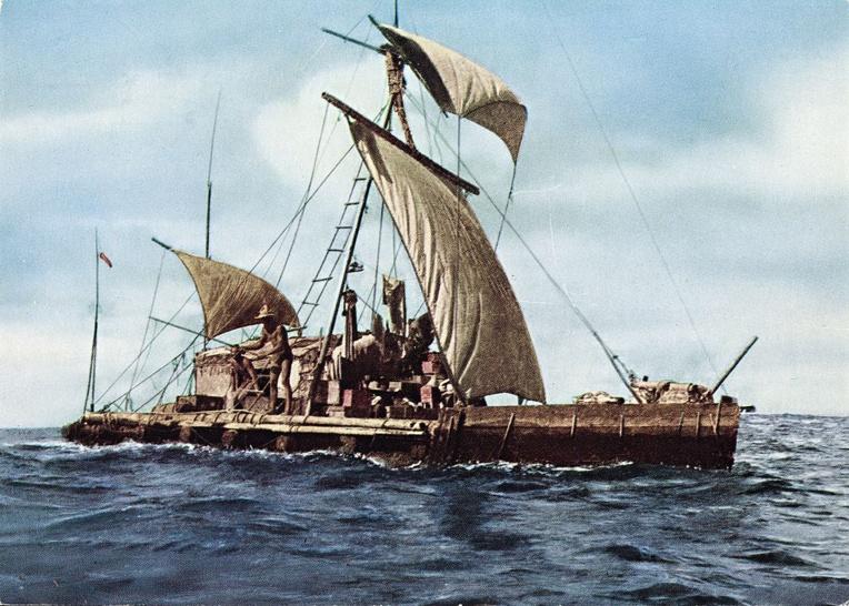 En 1947, le Kon Tiki de Thor Heyerdhal avait voulu prouver que le peuplement de la Polynésie s'était fait depuis l'Amérique du Sud, théorie aujourd'hui abandonnée.