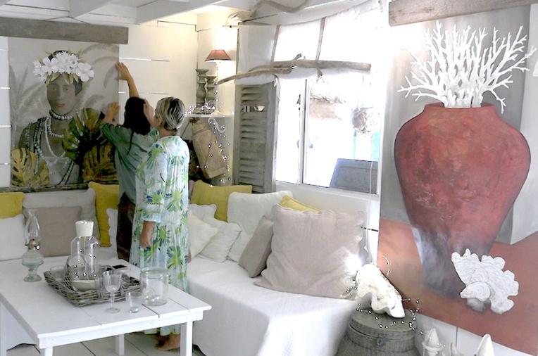Clémentine a grandi à Huahine. Actuellement en vacances au fenua, elle a amené avec elle des toiles, exposées vendredi à Raiatea, chez sa tante Jocko..