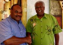Roch Wamytan et Philip Boedoro, Président du Parlement de Vanuatu à Port-Vila