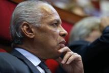 """L'Etat """"ouvert"""" à toute solution institutionnelle en Nouvelle-Calédonie"""