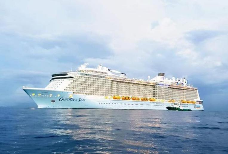À partir du 1er janvier 2022, les escales en Polynésie de paquebots de plus de 3 500 passagers seront refusées. (© AMFU Tahiti Yacht Agents)