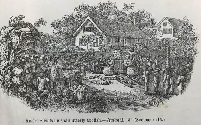 """Sur cette gravure ancienne, on distingue le pasteur Williams et son épouse se faisant remettre des idoles aux îles Cook, idoles qui devaient être détruites pour extirper les """"fausses croyances""""…"""