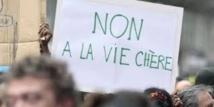 Vie chère en N-Calédonie: l'intersyndicale menace de redescendre dans la rue