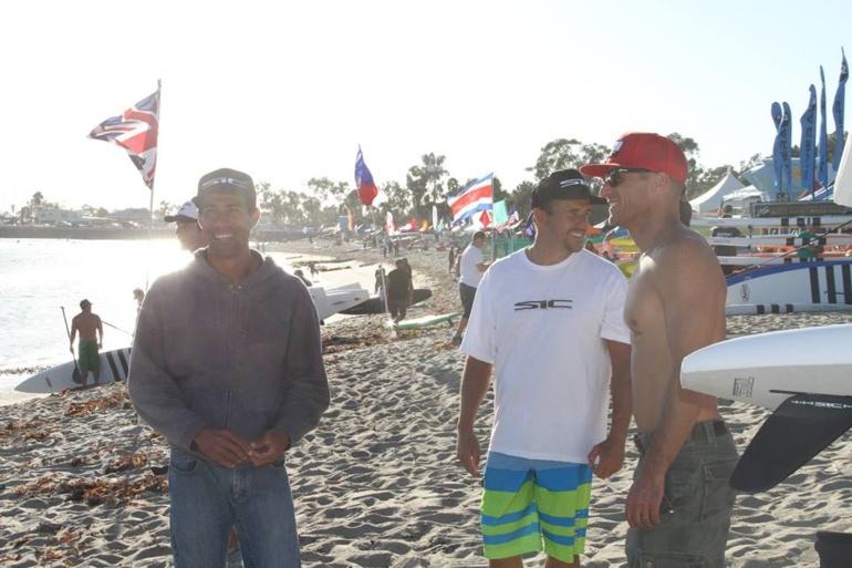 SUP 'Battle of the paddle' – La course de l'année en Californie, blessure pour Georges Cronsteadt