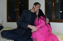 Sultan Kösen, l'homme le plus grand du monde à 2,51 m, se marie