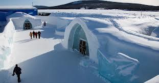 Un hôtel fait de glace en Laponie équipé d'alarmes incendie