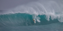 Surf- Ezekiel Lau remporte la Vans World Cup of Surfing. Bourez toujours en tête de la Triple crown.