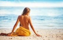 L'été commencera à Rio avec un topless collectif sur la plage d'Ipanema