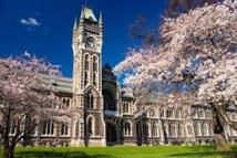 Échanges universitaires : signature d'un accord franco-néo-zélandais