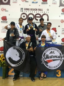 Jiu-Jitsu-  Open Long Beach 2013. Belles performances de nos Tahitiens.