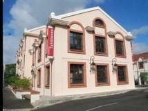 Une aide financière suplémentaire de 5 MF accordée à l'académie tahitienne
