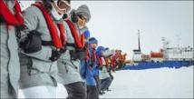 Antarctique: les passagers secourus font route vers l'Australie