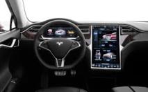 Voitures électriques: chouchou de Wall Street, Tesla se développe en Europe
