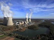 Faire durer les centrales nucléaires: la piste du gouvernement en débat