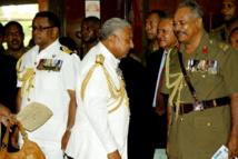 La communauté internationale applaudit la démission du Contre-amiral Bainimarama