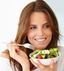 En mangeant des légumes, les jeunes femmes préservent leur capital santé
