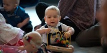 Premier engagement public pour le prince George: séance de jeu avec d'autres bébés