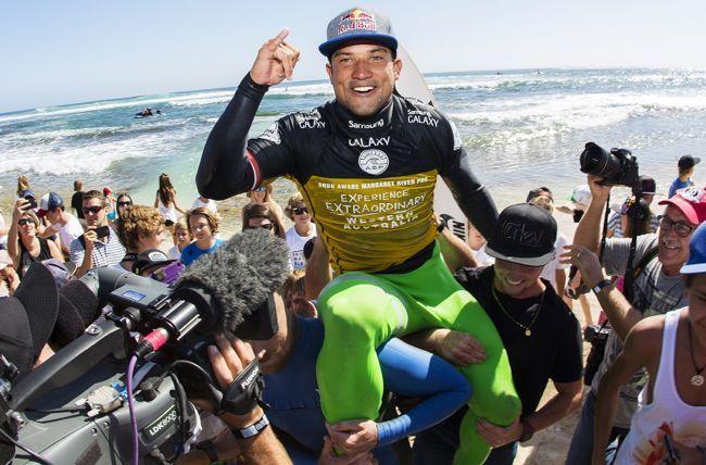 Michel Bourez gagne enfin une étape du World Tour !