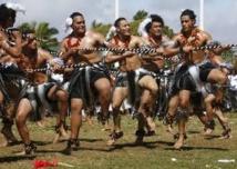Tonga fête sa démocratie naissante