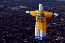 Un Jésus polémique flotte au-dessus de Melbourne