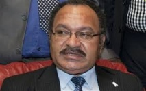 Accusé de corruption, le Premier Ministre papou lance une opération de nettoyage