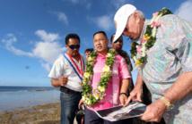 A Hao, le maire Théodore Tuahine en compagnie du président de Tian Rui Investment Wang Tchen et Gaston Flosse, le président de Polynésie française.