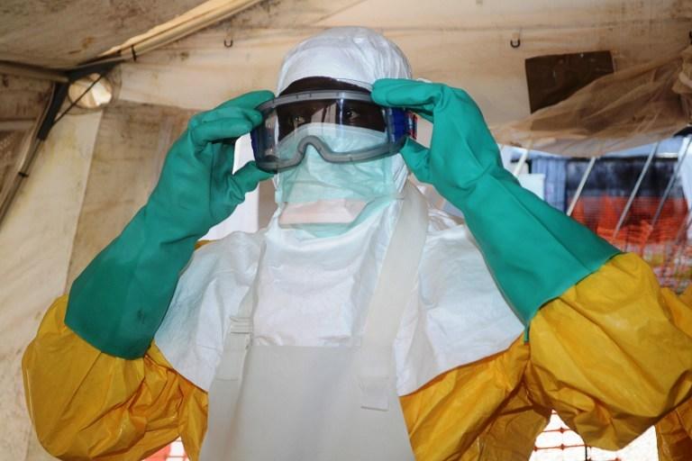 """L'épidémie d'Ebola en Afrique va durer encore """"plusieurs mois"""" selon l'OMS"""