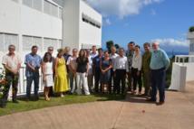 La photo de famille avec les experts, le Pays, l'Etat, l'IRD, l'Université.