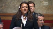 La députée Maina Sage à l'assemblée nationale le 9 juillet 2014. Sa première séance et sa première question au gouvernement.