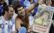 Mondial : Deux supporters argentins refoulés pour avoir montré leur fesse