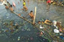 Nettoyer le Gange, devenu un immense égout, défi d'ampleur pour Modi