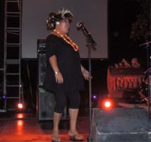 Sidonie sur scène lors de la première édition du festival Eo Himene, en mai dernier;