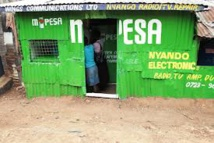"""Un système de """"paiement mobile"""" inventé au Kenya à la conquête de l'Europe"""