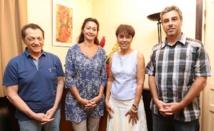 Les responsables de l'association Heimanava avec la ministre de la solidarité, Manolita Ly.
