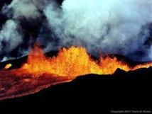 Etat d'urgence à Hawaii après une éruption volcanique