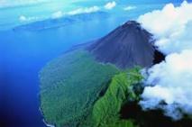 Deux volcans de Vanuatu suscitent l'inquiétude